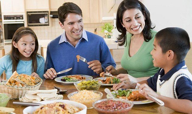 các dụng cụ làm bếp đa năng mà mẹ nào cũng phải mua