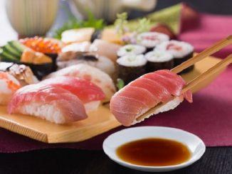 5 loại thực phẩm mẹ bầu tuyệt đối không nên ăn