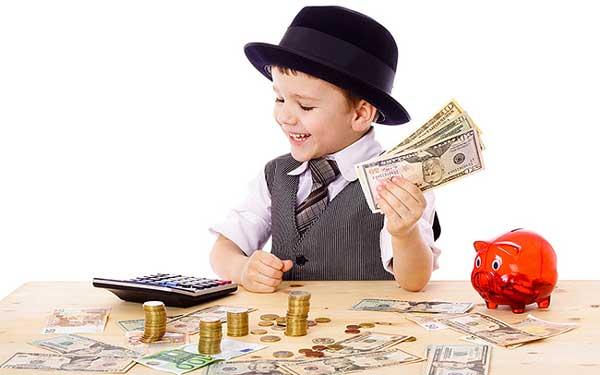 Dạy con tiêu tiền thông minh ngay từ nhỏ