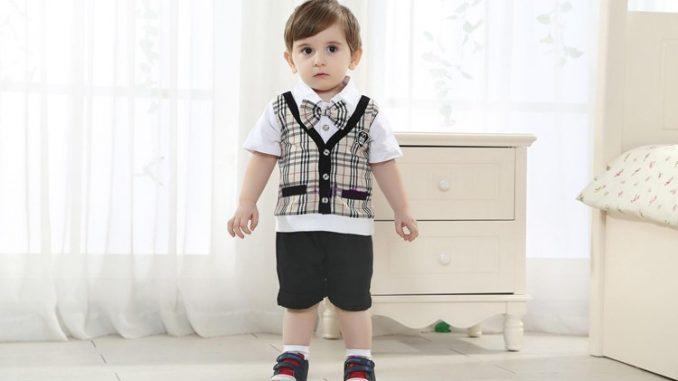 Tết này,bé trai mặc gì?