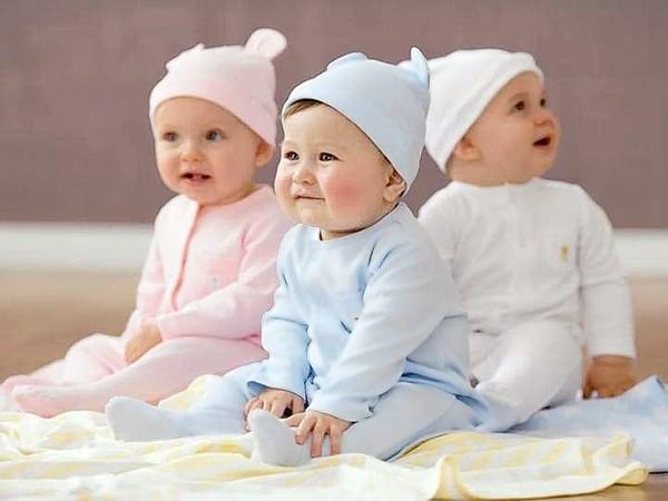 Các sản phẩm bằng len cho bé sơ sinh vào mùa đông