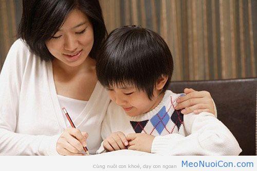Những sai lầm của cha mẹ khiến con mất tự tin