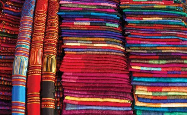 lụa-Các Chất Liệu Vải Phù Hợp Với Da Bé